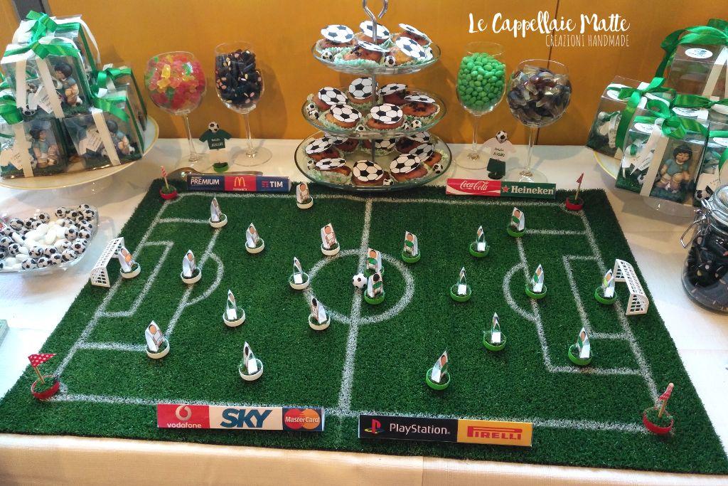 Allestimento handmade tavolo dolci festa tema calcio