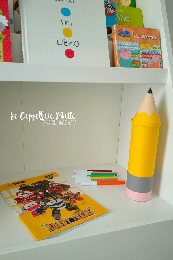 astuccio matita gigante